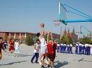 自由飞翔篮球俱乐部比赛